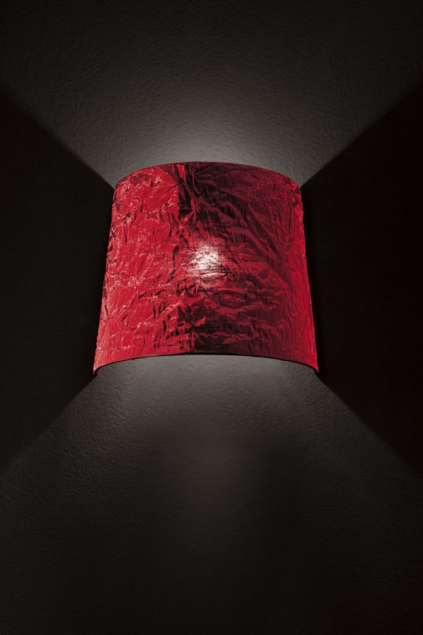 morosini-dress-lampada-parete-paralume-rosso-682x10244A342013-F622-8876-AC56-E0C18B7B8232.jpg