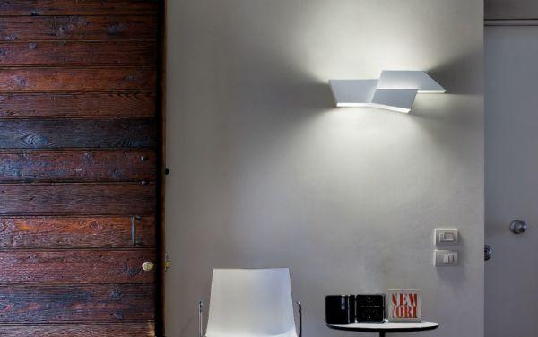 morosini-evo-lampada-parete-pa60-whiteCA70E1D2-705E-5497-9540-75ABBE82FEE8.jpg